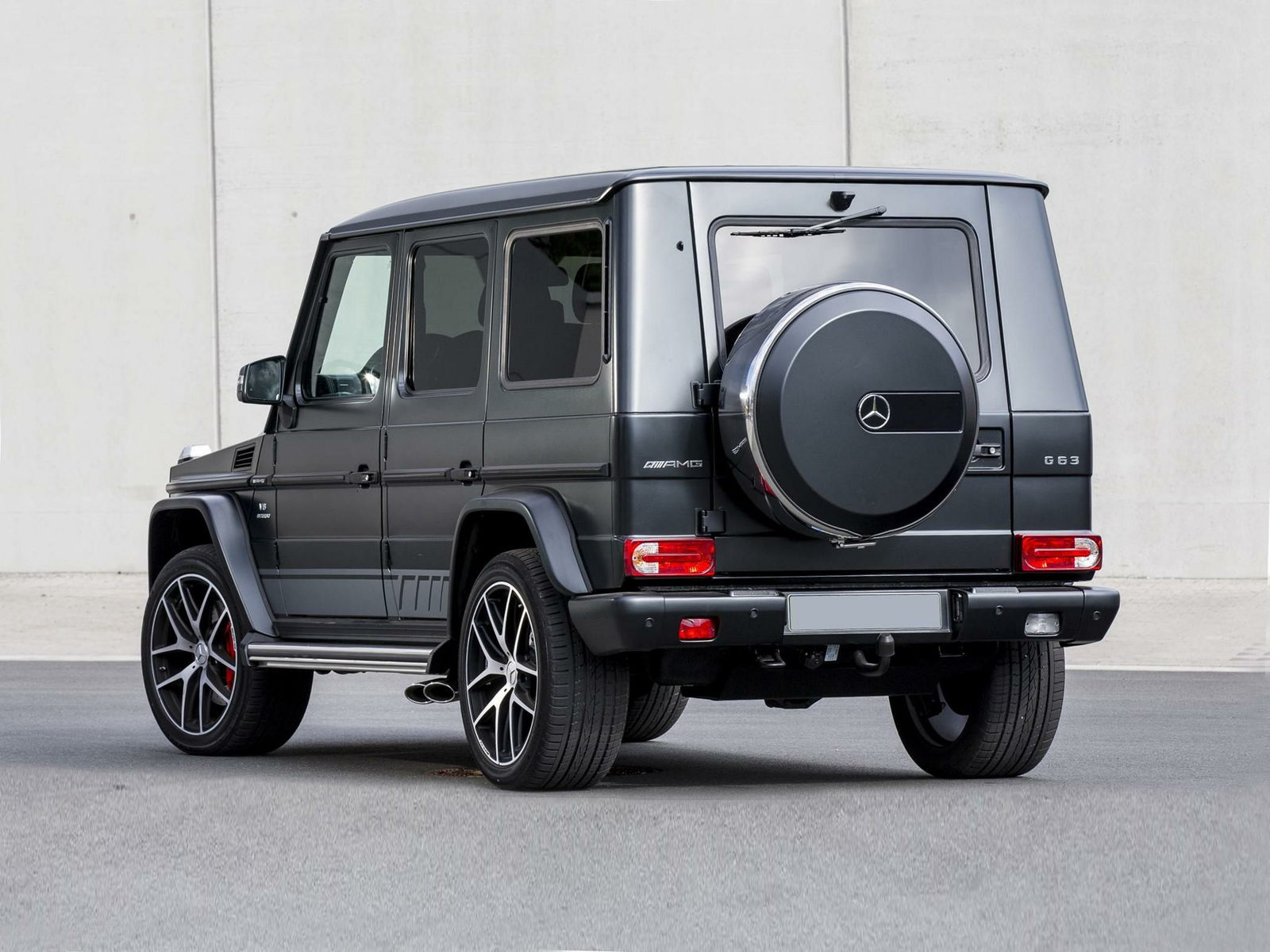 2016 mercedes benz g63 amg styles features highlights for G63 mercedes benz price