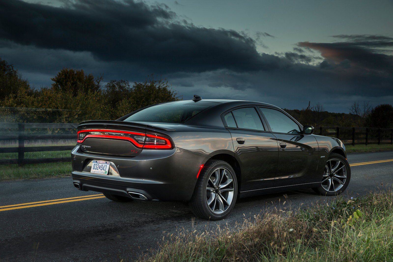 2017 Dodge Charger Deals, Prices, Incentives & Leases ...