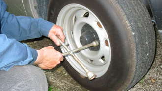 Using the Jack in a Tire Repair Kit