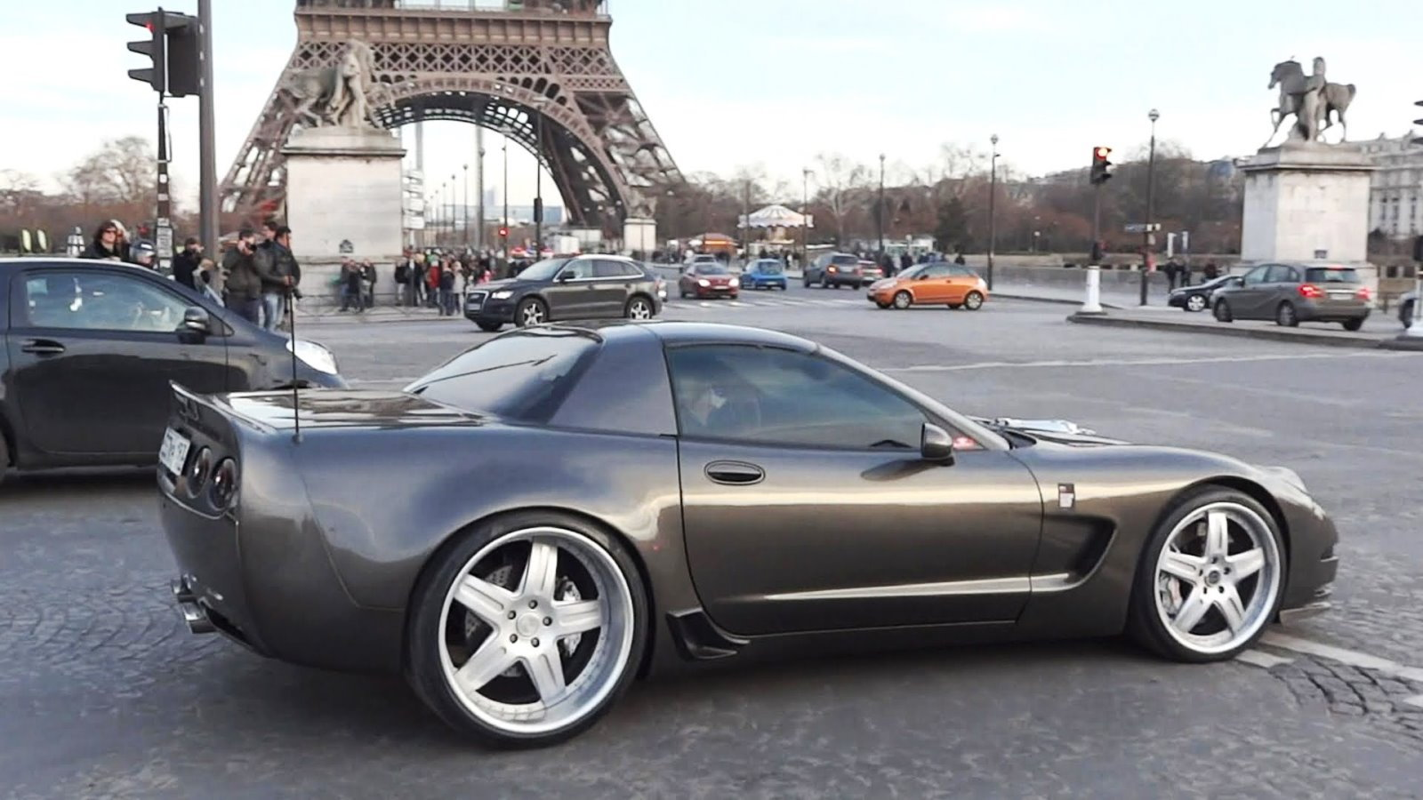 Corvette C5 Z06 in Paris