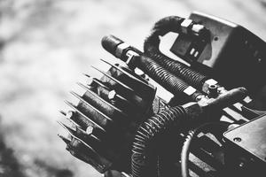 How to Convert an Air Compressor Into a Vacuum Pump