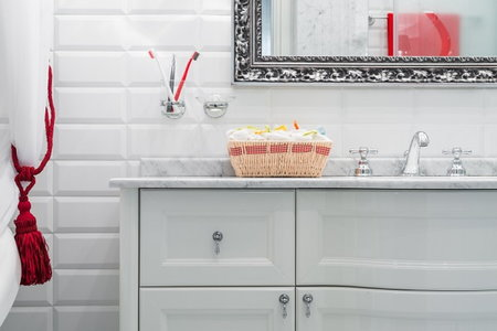 Restyle your bathroom without remodeling it - How to remodel your bathroom yourself ...