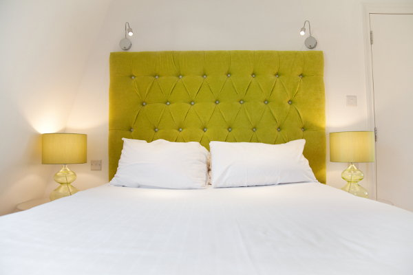 5 unique headboard ideas for Do it yourself headboards with fabric