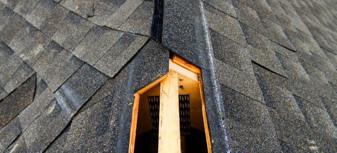 Attic Roof Ventilation Installing A Ridge Vent
