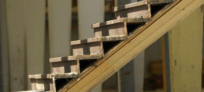 Repair A Creaky Wooden Staircase Doityourself Com