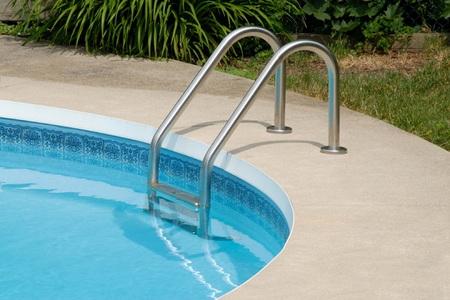 How To Clean Concrete Pool Decks Doityourself Com