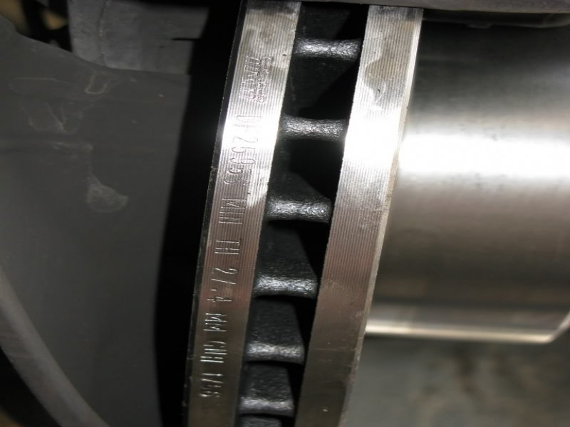 Minimum Thickness For Brake Pads : Mercedes benz w c class how to replace brake pads and