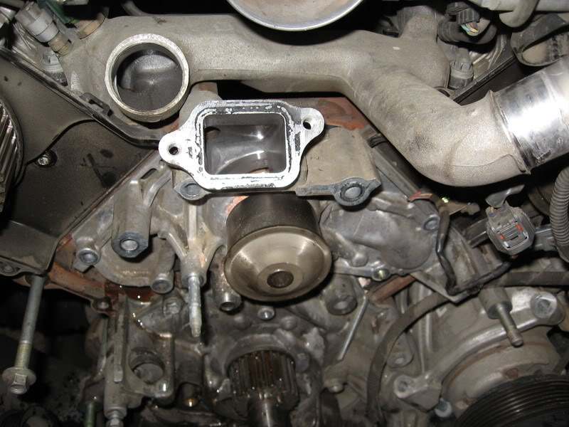 Toyota Tundra 2000-Present How to Replace Timing Belt and Water Pump - Yotatech