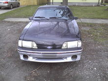 Front end and as you can tell shes in need of a paint job like im in need of cash! Also gotta find me some fog lights!