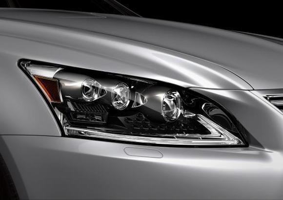 2013 Lexus LS 460 006