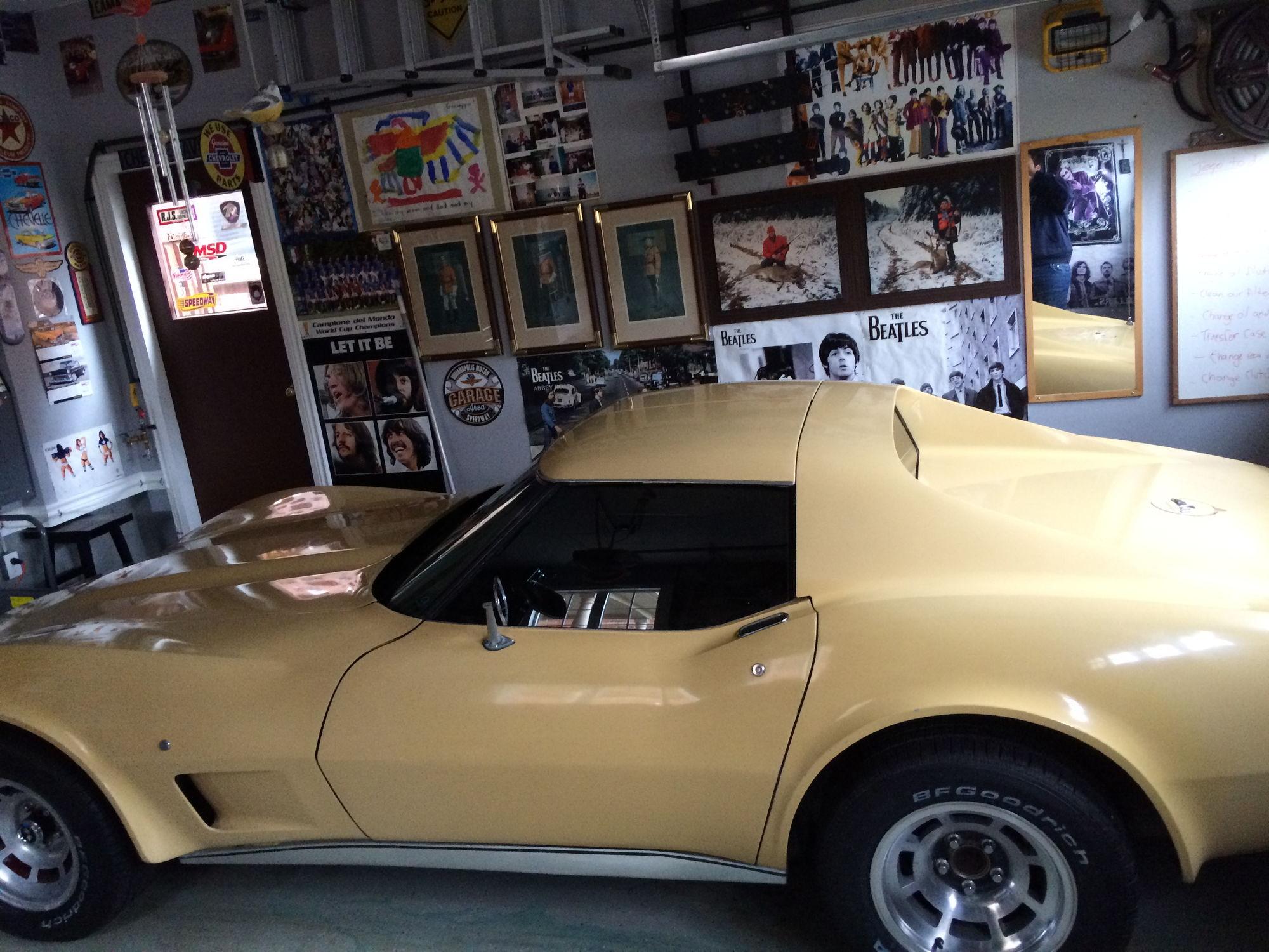 c3 1977 corvette tan corvette international. Black Bedroom Furniture Sets. Home Design Ideas