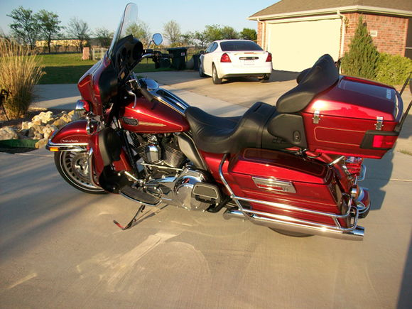 2009 Ultra Sunglo Red