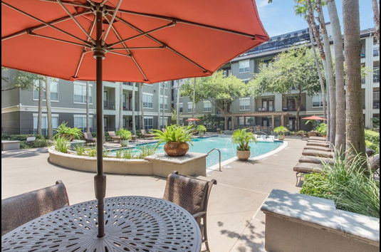 plaza museum district apartments in houston tx ratings reviews rent prices and availability. Black Bedroom Furniture Sets. Home Design Ideas