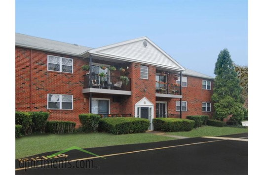 Fox Meadow Apartments In Whitehall Pa Ratings Reviews Rent Prices And Availability