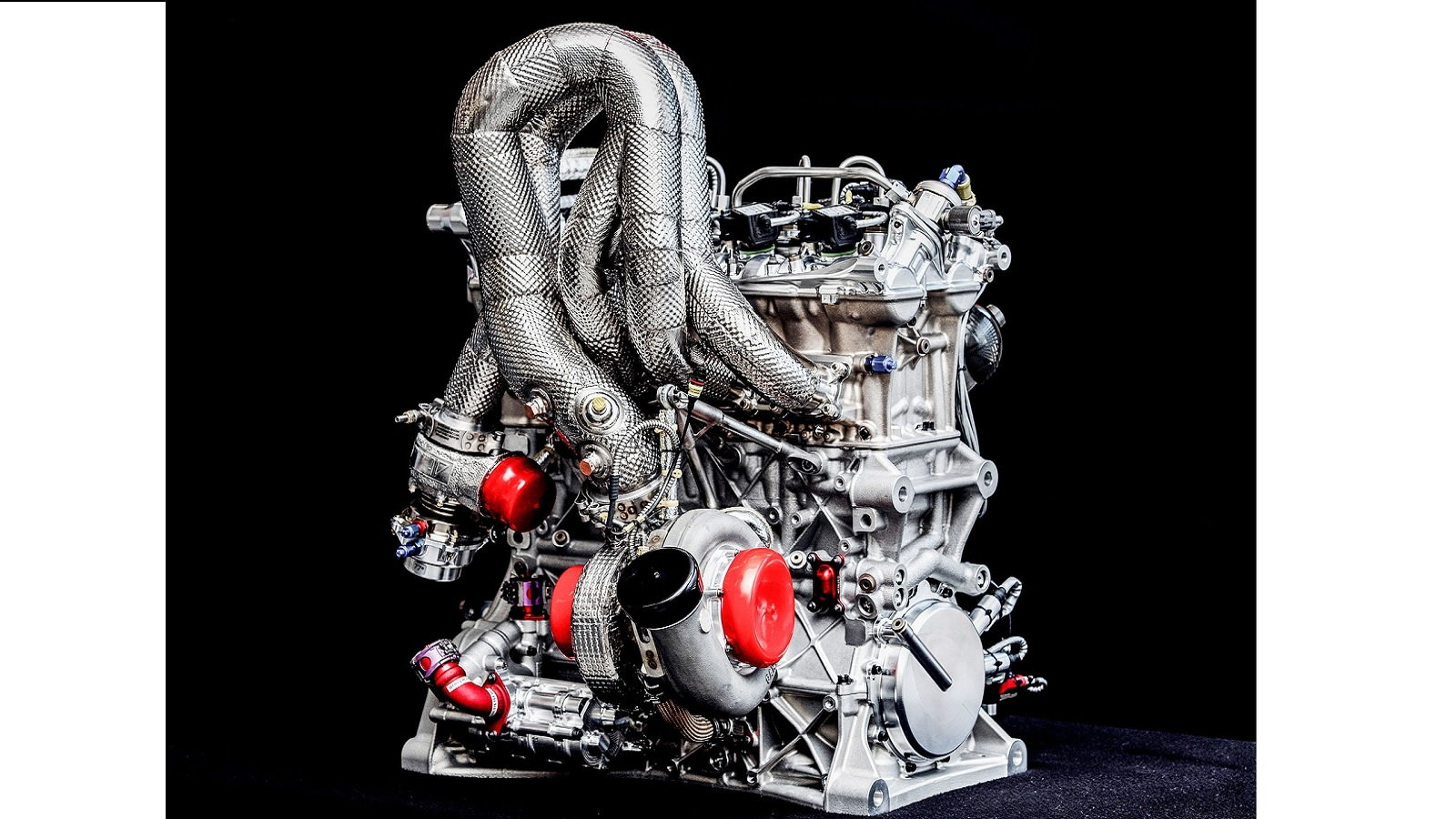 New 2.0-liter DTM Racing Engine Unveiled