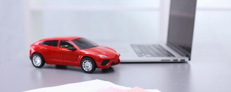 ¿Puede un ciudadano Mexicano comprar un auto en los Estados Unidos?