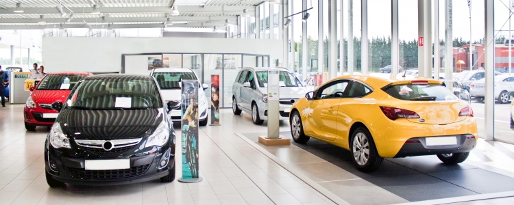 Choosing the Right Dealership for Your Next Auto Loan