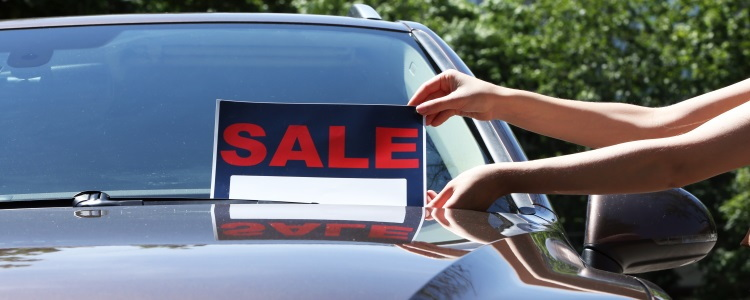 Why Bad Credit Car Buyers Shouldn't Consider a Private Seller