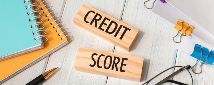 ¿Puedo comprar un mejor puntaje crediticio?