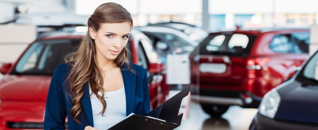 dealership saleswoman