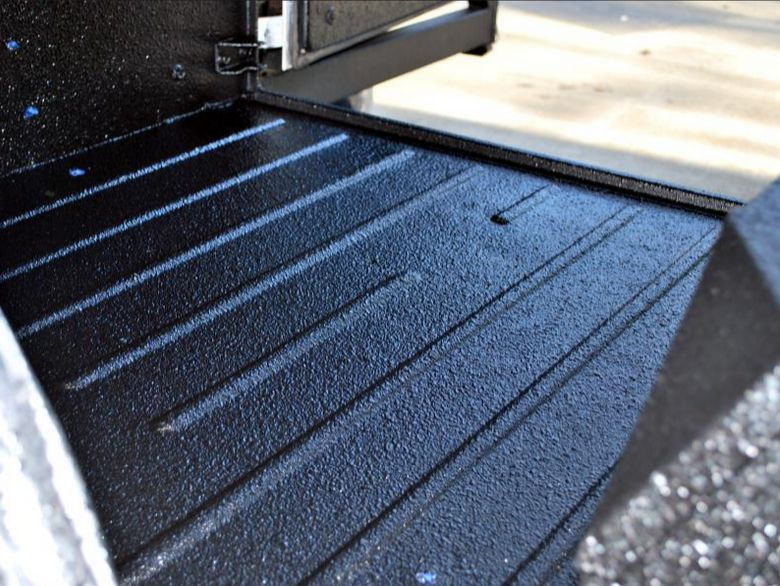 Jeep Cherokee 1984-1996 How to Paint Bedliner - Cherokeeforum