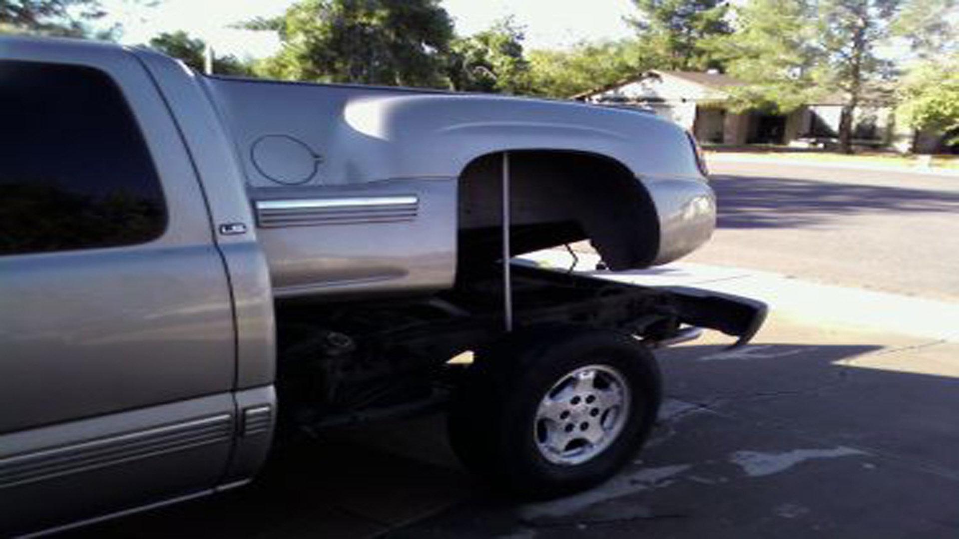Chevrolet Silverado 40 40 How to Replace Fuel Pump ...