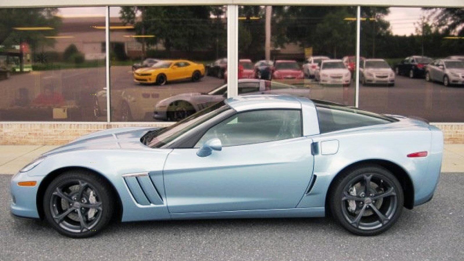 2012 Carlisle Blue Corvette