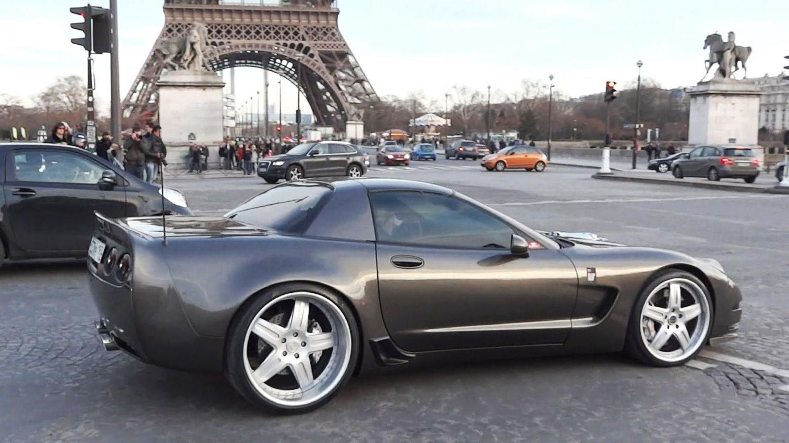 Corvette C5 Z06 in Paris
