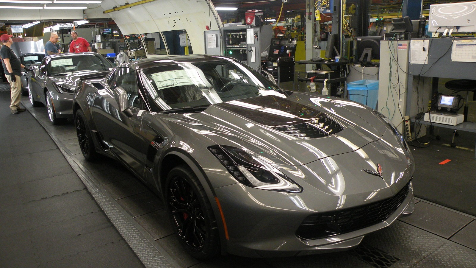 6 Things to See and Do at the Bowling Green Corvette Factory