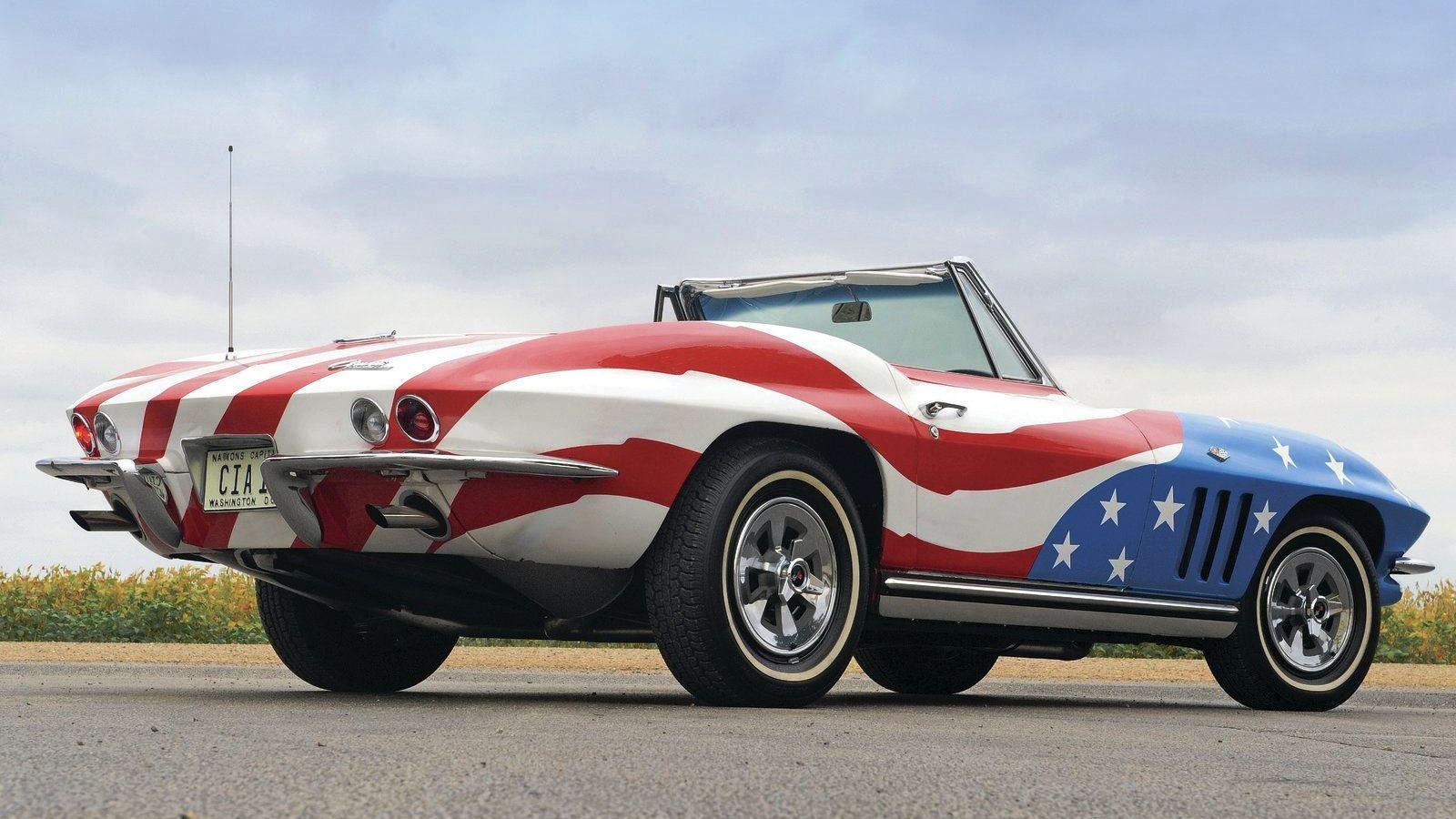 Felicity Shagwell's 1965 Corvette