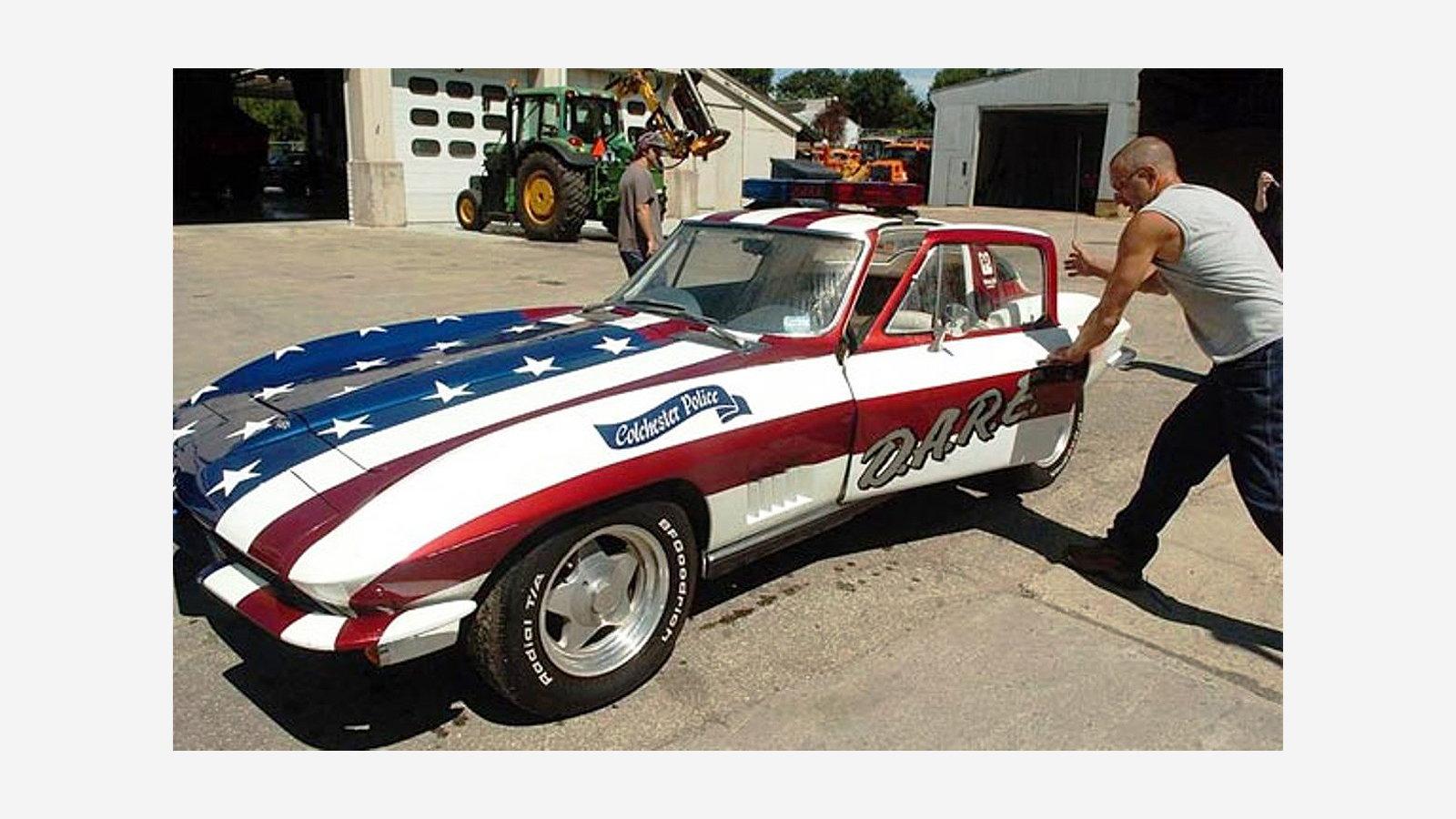 Colchester, CT D.A.R.E. Corvette