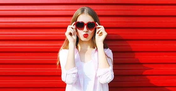 Image of woman wearing sunglasses.