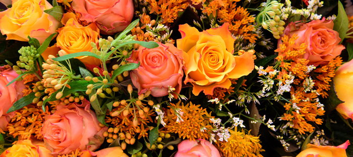 fall bouquet with roses