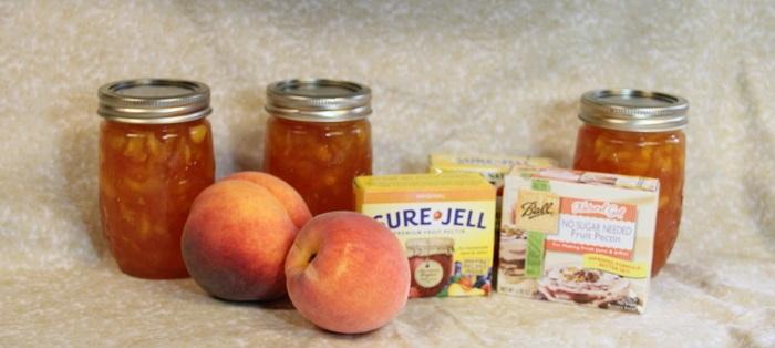 peach jam and pectin