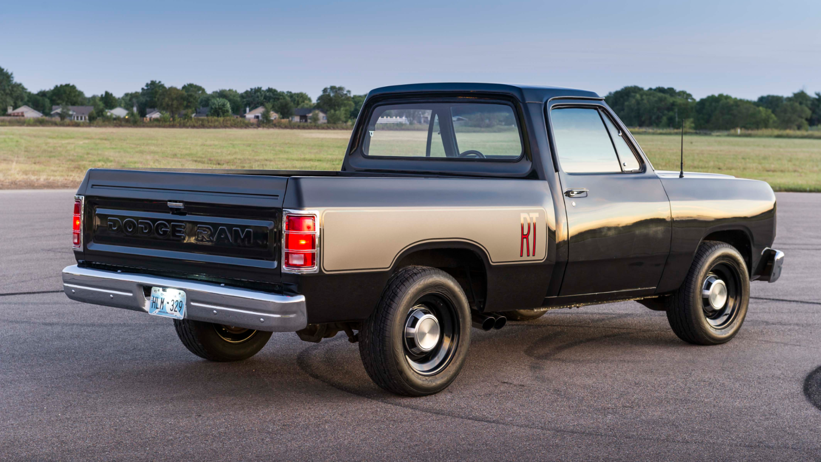 1986 Dodge Ram Short Bed is a Blast of Awesomeness