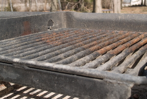 A rusty grill top.