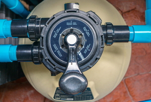 A pool pump filter system