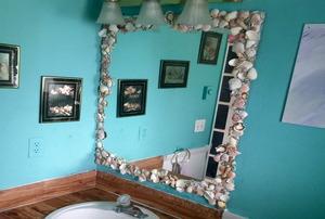bathroom decorated to look larger