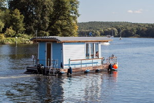 A house boat.