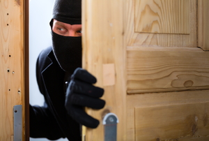 8 Home Security Myths Debunked