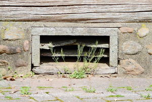 6 Advantages to Sealing a Crawlspace