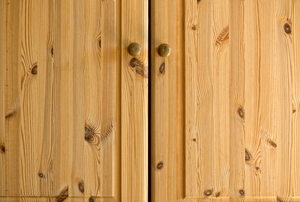 wood-grain cabinet doors
