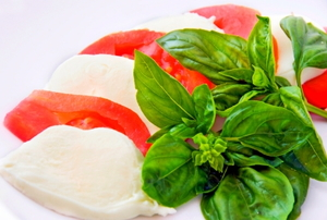 Caprese salad: mozzarella, tomatoes and basil.