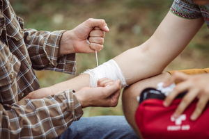 First Aid Tips for DIY-Related Accidents