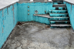 Things to Consider Before Resurfacing a Pool