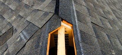 Attic Roof Ventilation Installing A Ridge Vent