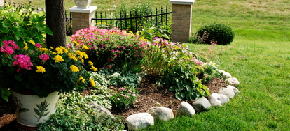 How To Install Plastic Landscape Edging In 5 Steps
