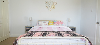 How To Assemble A Queen Metal Bed Frame Doityourself Com