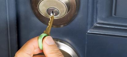 5 Common Ways a Door Lock Is Broken | DoItYourself com