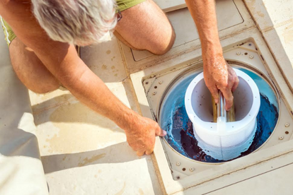 How to Paint a Fiberglass Swimming Pool | DoItYourself.com
